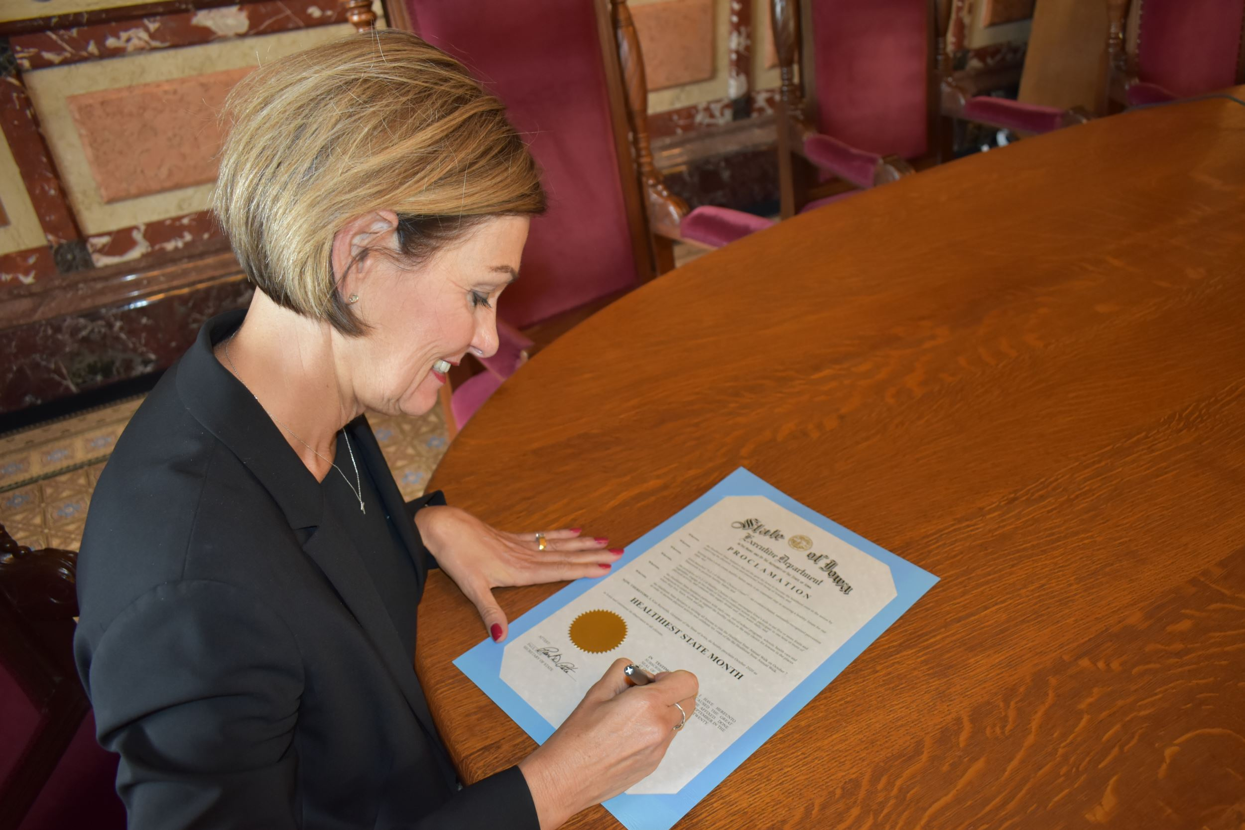 Gov. Reynolds proclaims October as Healthiest State Month